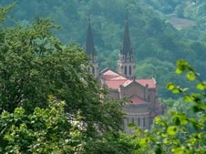Covadonga-Puerta-del-Oriente-Asturias