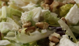 Ensalada-queso-de-Bedón-Hoteles-en-Llanes