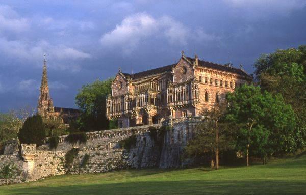 Palacio-de-Sobrellano-