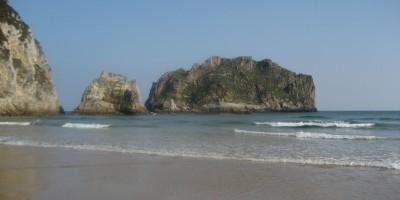 Playa-de-la-Franca-Llanes-Hoteles-en-Llanes