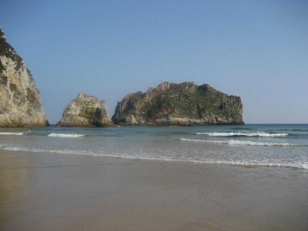 Playa-de-la-Franca-Llanes-Hoteles-en-Llanes- san valentin