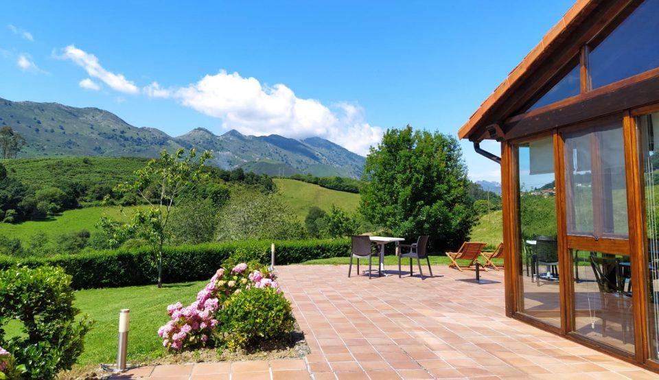 Hotel Rural en llanes con vistas a la montaña